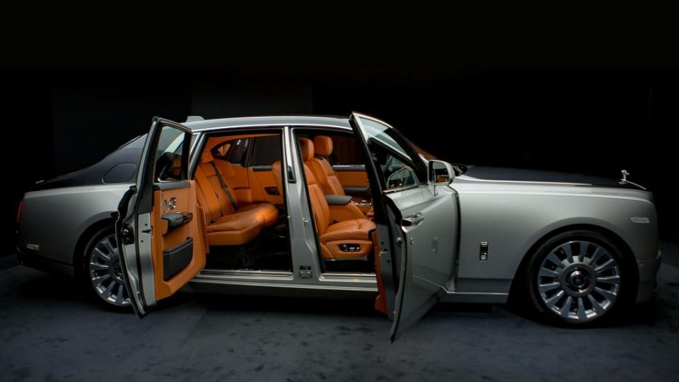 2018-rolls-royce-phantom (3)